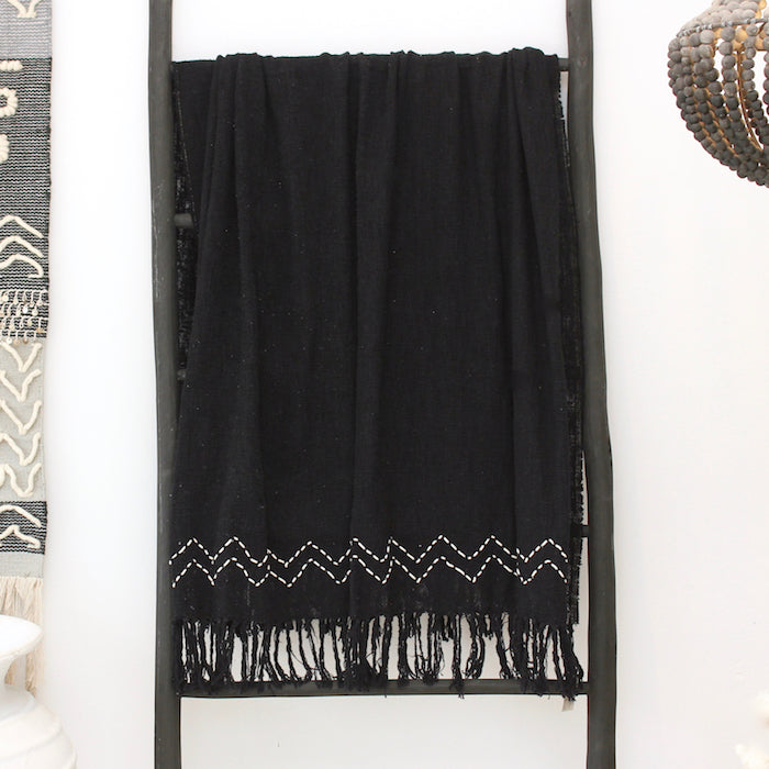 Theo Throw Blanket - Black/White