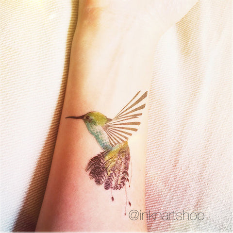 Humming bird tattoo illustration