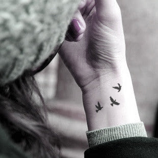 little-flying-bird-swallow-temporary-tattoo