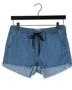 Twist & Tango Faye Denim Shorts in Mid Blue