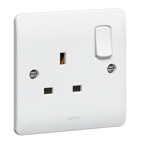 Synergy White - 13A single switched socket - Legrand 730066