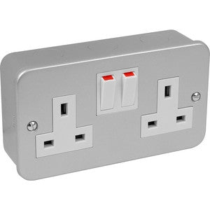 Metal Clad - 13A twin switch socket