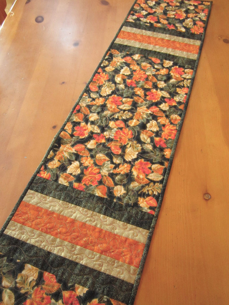 ... Fall Leaves Quilted Table Runner ...
