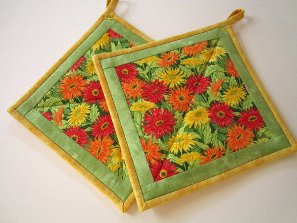 Pot Holders Set of 2 - Flowers  Orange Yellow Potholders Handmade Kitchen Housewares