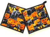 Pot Holders - Set of 2 Halloween Cats and Pumpkins