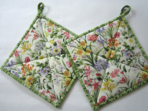 Pot Holders with Flowers - Set of Two