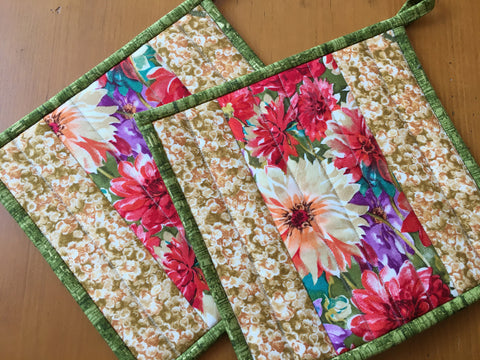Floral Potholders Set of Two Bright Summer Kitchen Decor
