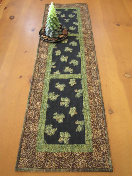 Pine Cones Table Runner