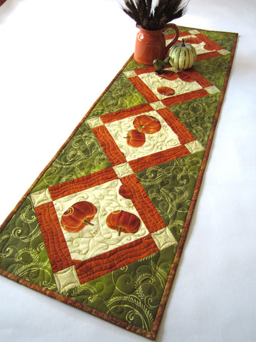 Quilted table runner with birds in natue patchwork mountain for 102 table runners