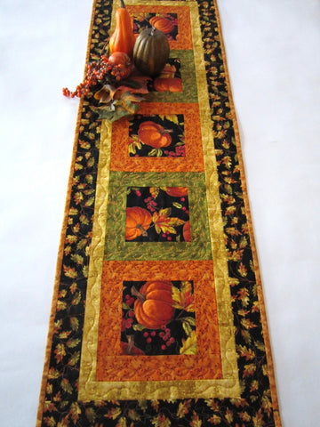Fall Table Runner with Pumpkins