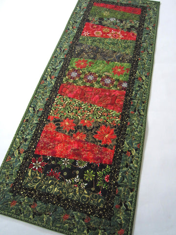 Christmas Table Runner in Green and Red