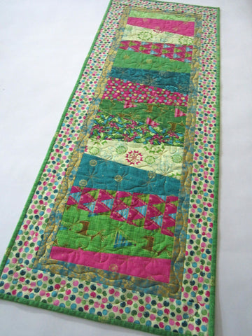 Christmas Table Runner in Modern Colors