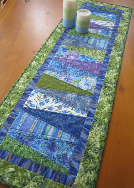 Attractive Quilted Table Runner for Spring – Patchwork Mountain XK16