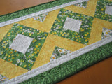 Spring Floral Handmade Table Runner with Daffodils