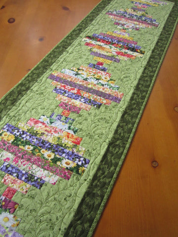 CUSTOM ORDER Quilted Table Runner Floral with Green