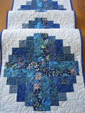 Quilted Table Runner using Log Cabin Block in Blues