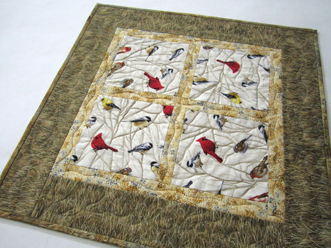 Table Topper with Birds