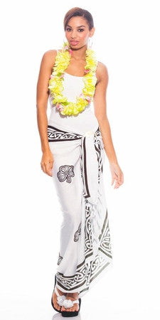 Celtic Sarong in Shamrock Trinity White/Black