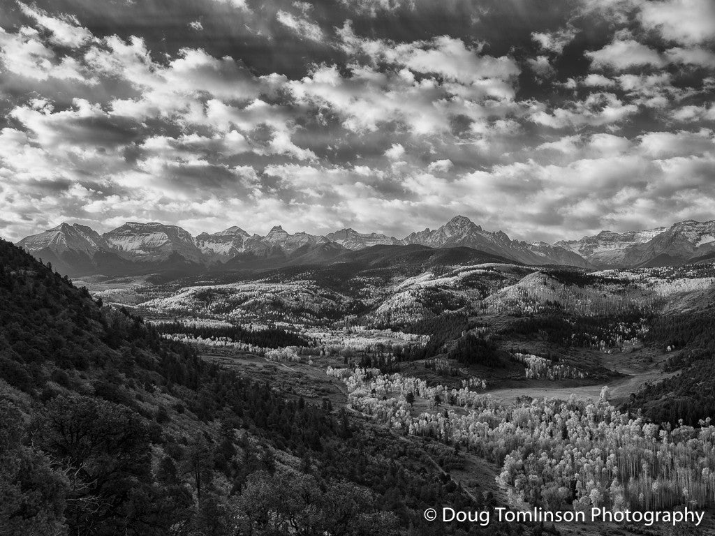 The Valley B&W - 1434