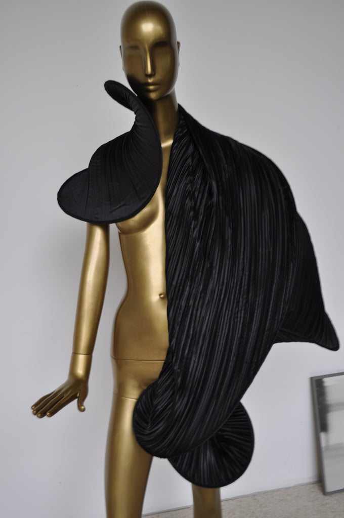 Pleated shawl very sculpted avantgarde style designer made