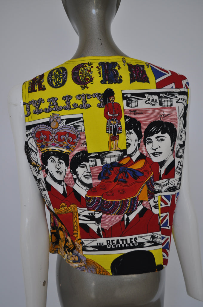 Gianni Versace vest with great print 91 The Beatles print