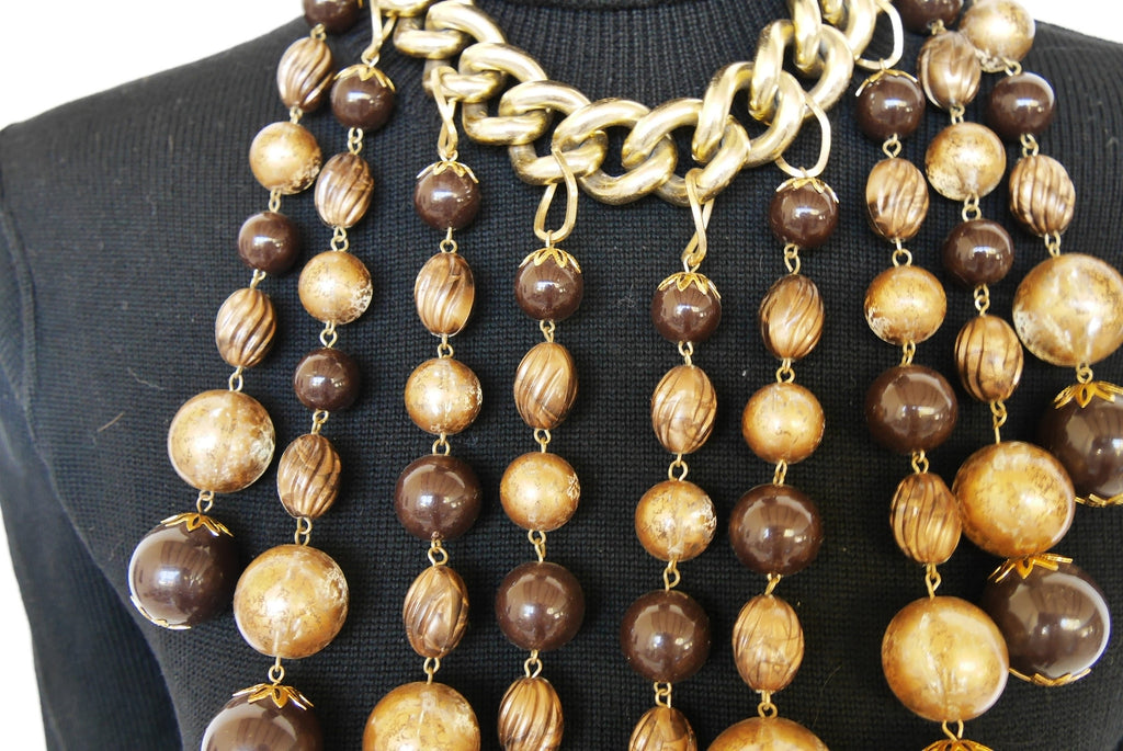 Massive 80s necklace with glass pendant balls.