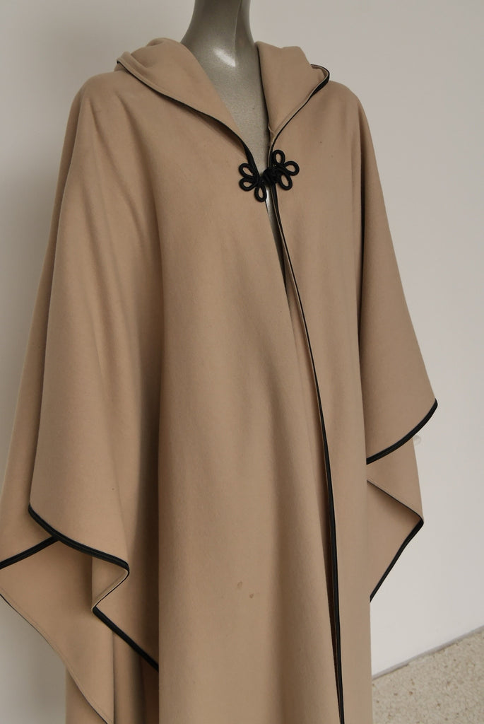 Vintage Yves Saint Laurent rive gauche moroccoain cape with hood and tassel 70s