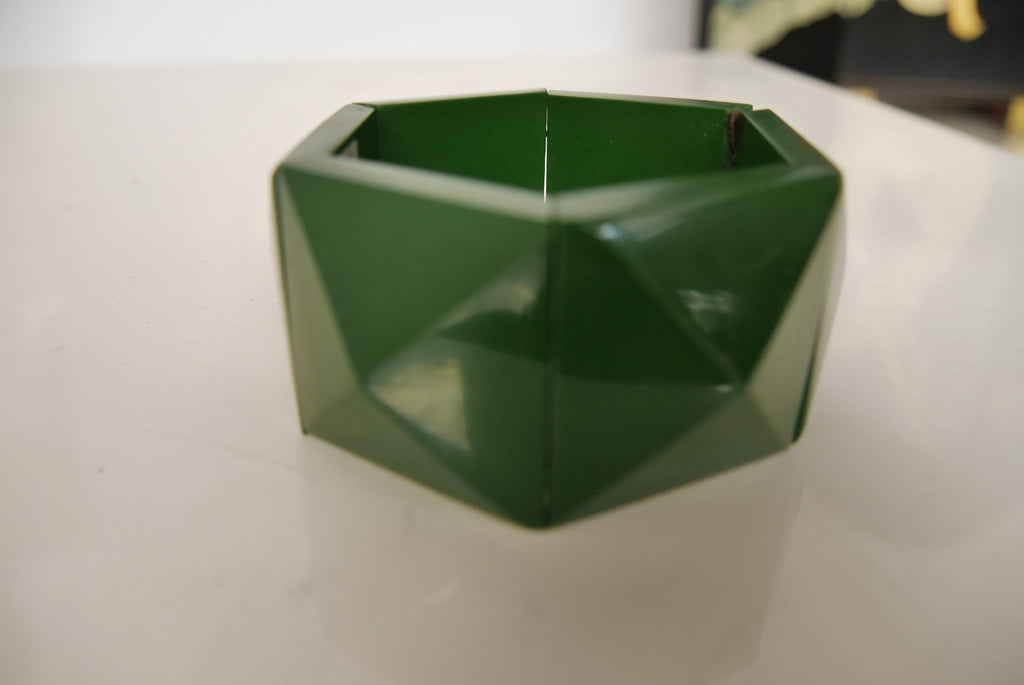 Chunky bakelite bangle,forrest green 1930s Art deco