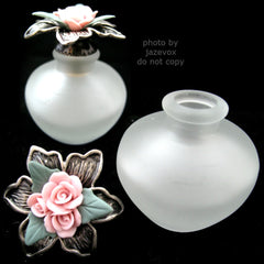 AVON NEW 2001 VICTORIAN PERFUME FRAGRANCE Empty Frost Frosted GLASS BOTTLE PINK ROSE ROSES Floral Flower Flowers SILVER PEWTER Collectibles Bottles Collectors Home Bed Bath Decors Decorations