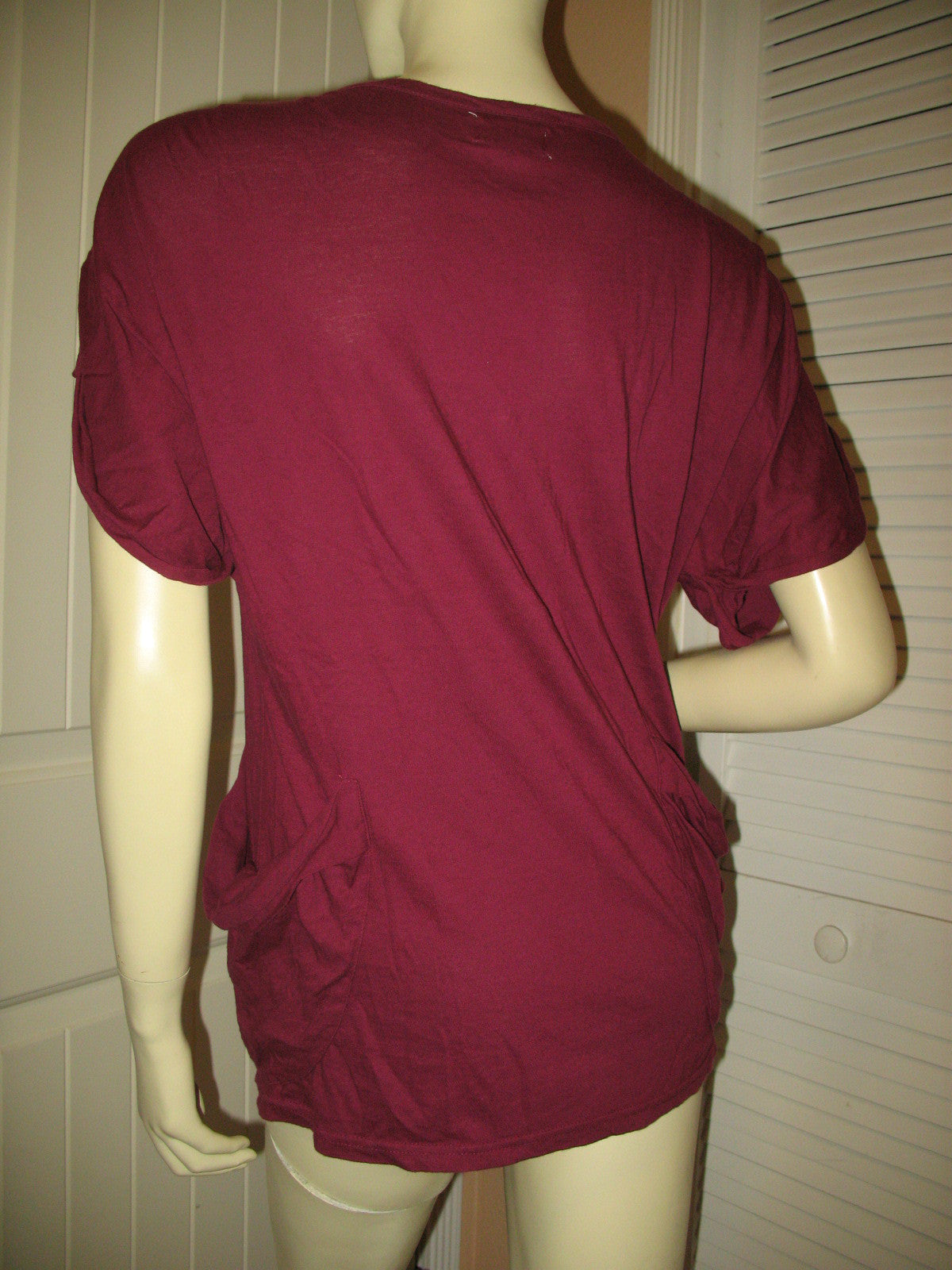 Womens Tops Deep RED WINE MAROON BURGUNDY Short Sleeve Button Down V-Neck  TOP SHIRT Small Casual Clothes 6251e1edf