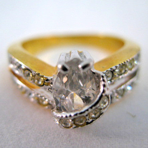 08e1f8c00155 Womens Jewelries PEAR Shape Crystal Clear Glass Stones Multi-Stone RING  RINGS size 6