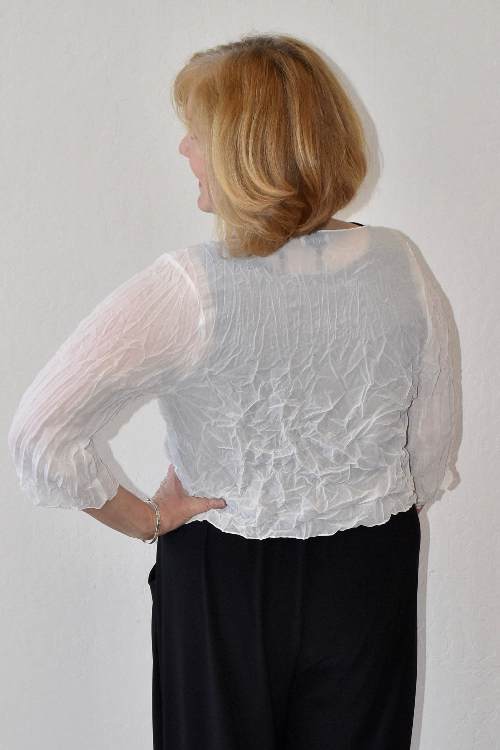 Alquema Crinkled Shrug