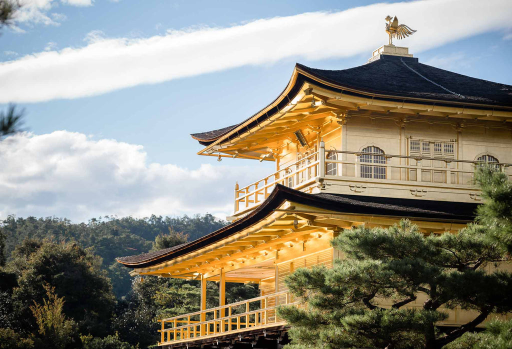 kinkaku-ji temple in japan