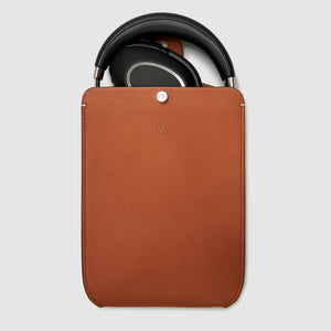 HEADPHONE CASE x SENNHEISER COLLABORATION CASES ANSON CALDER Cognac _all