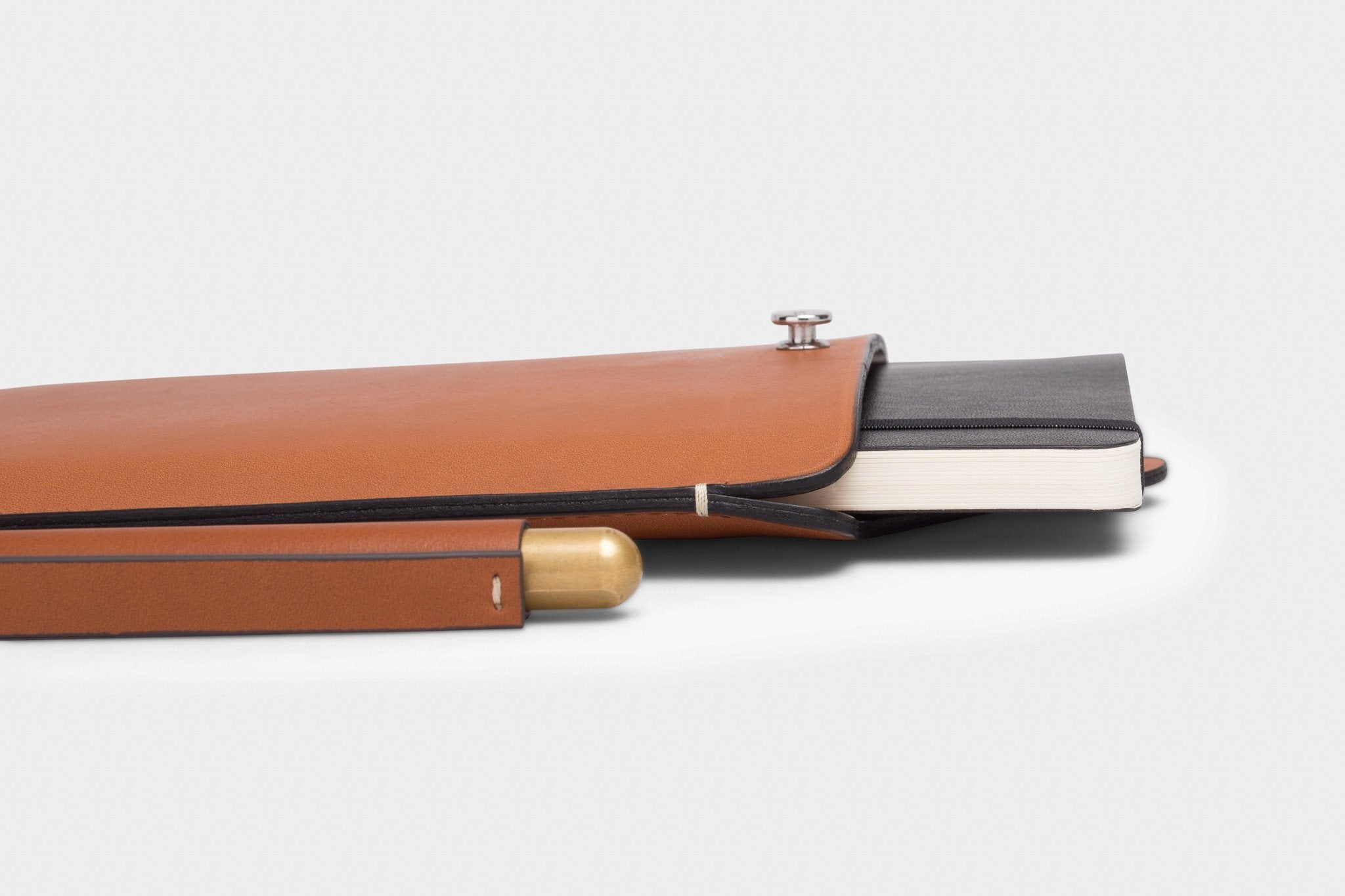 CW&T PEN SLEEVE CASES ANSON CALDER _cognac