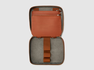 toiletry kit dop case anson calder french calfskin leather _cognac
