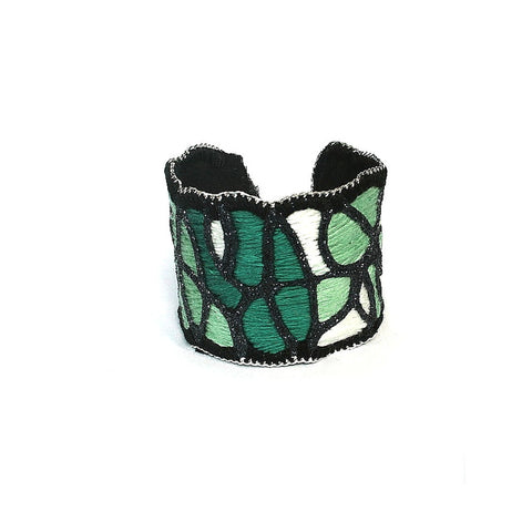 Forest Hike Cuff Bracelet (gunmetal color)