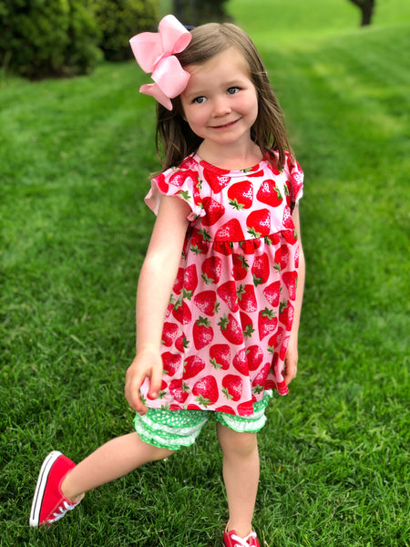 Strawberry tunic & shorts