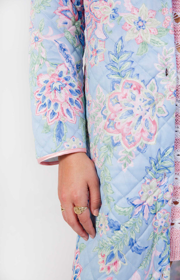 Load image into Gallery viewer, All Things Mochi - Ann Robe - vintage pastel jacket with flowers