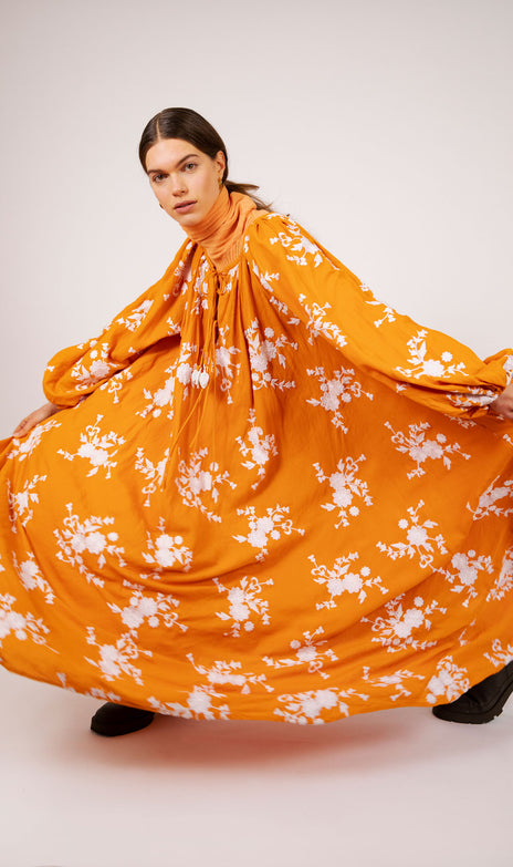 Nimi Dress - Mochi - Linen and cotton dress with flowers (orange)