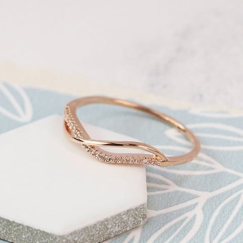 Ring - Rose Gold Plated crossover with Crystal Detailing - 03054