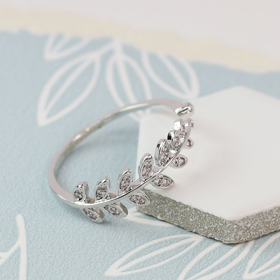 Ring - Silver Plated Leaf with Crystal Detailing - 03072