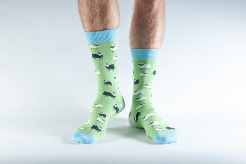 Bamboo Socks size  7-11 Green w sheep