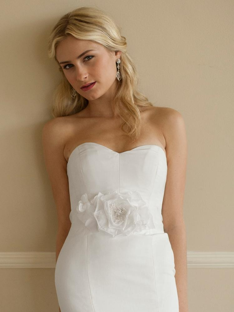 White Silk Flower Wedding Dress Belt - Love Wedding Shop