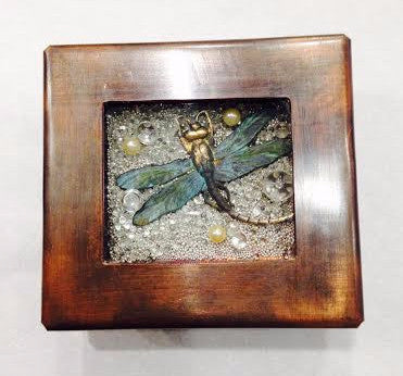 Dragonfly Toy Box