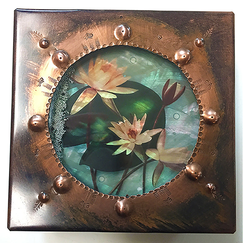 Lotus Round Window Reliquary Box