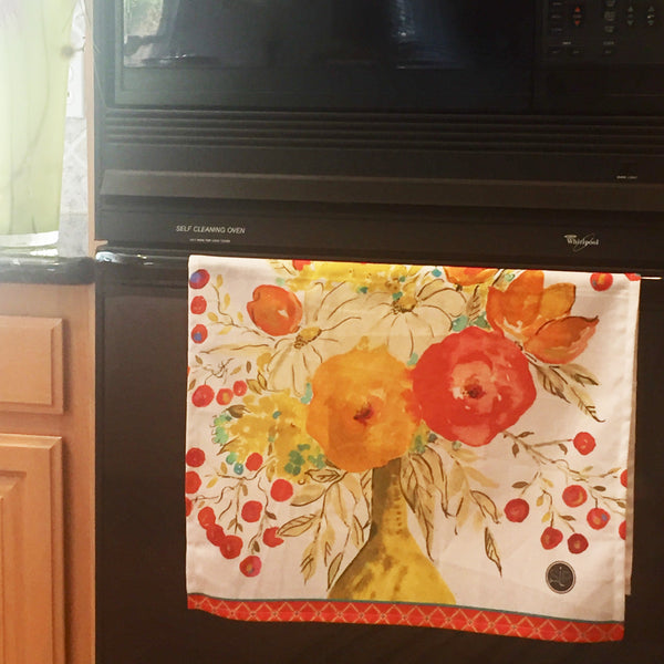 11b Chase Beauty Three - Kitchen Towel