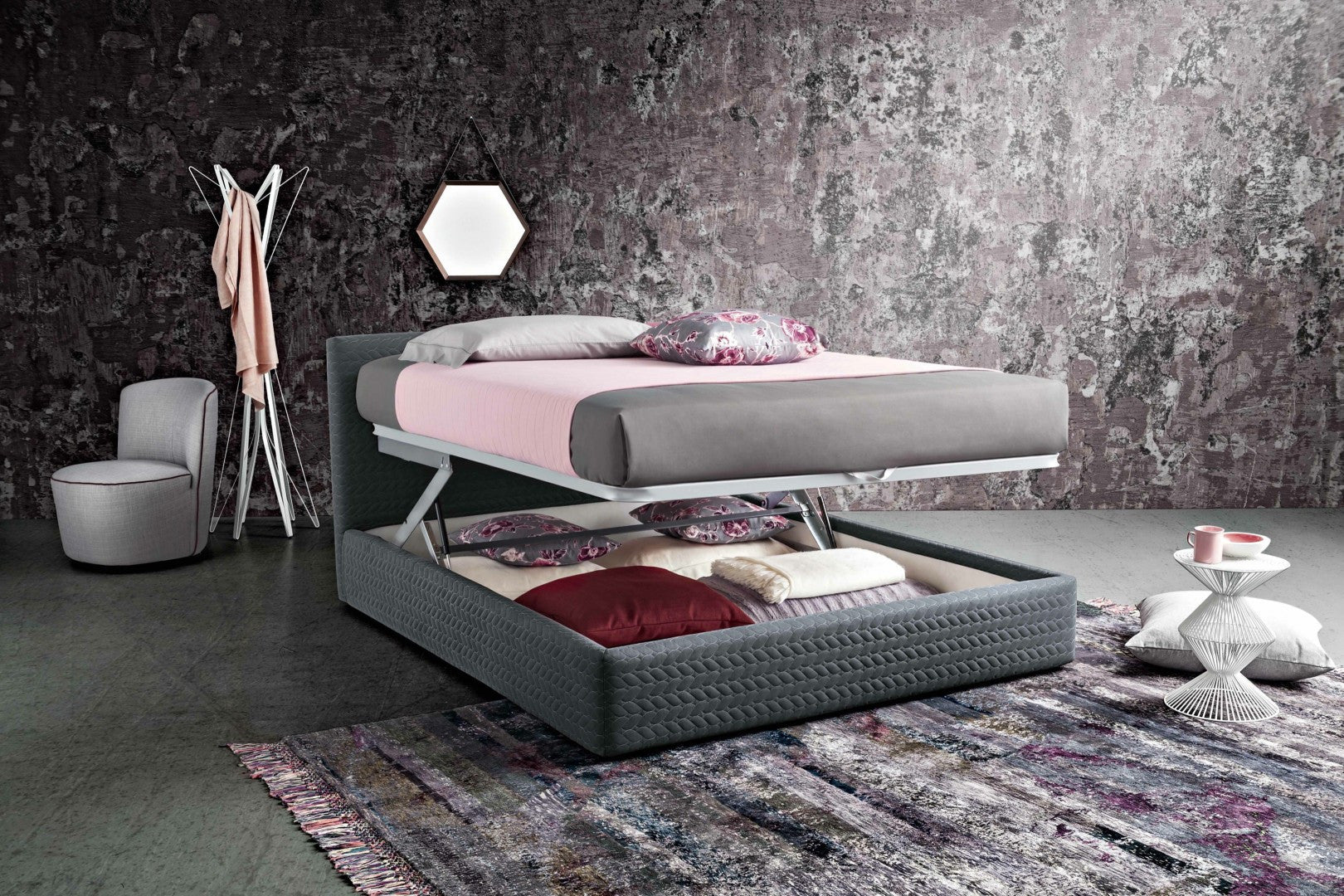 Violet Bed - Italian Style
