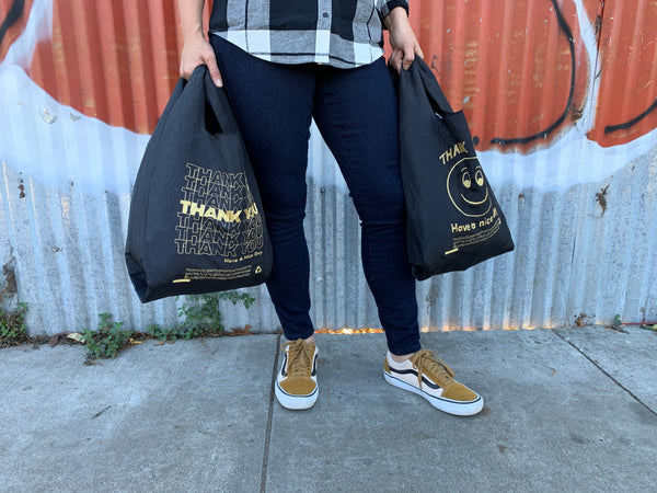 BLACK + GOLD SMILE TOTE