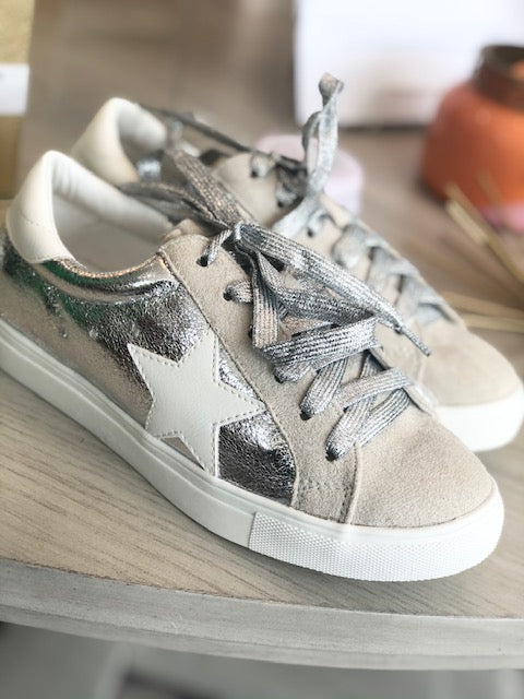 Star Sneakers - Silver